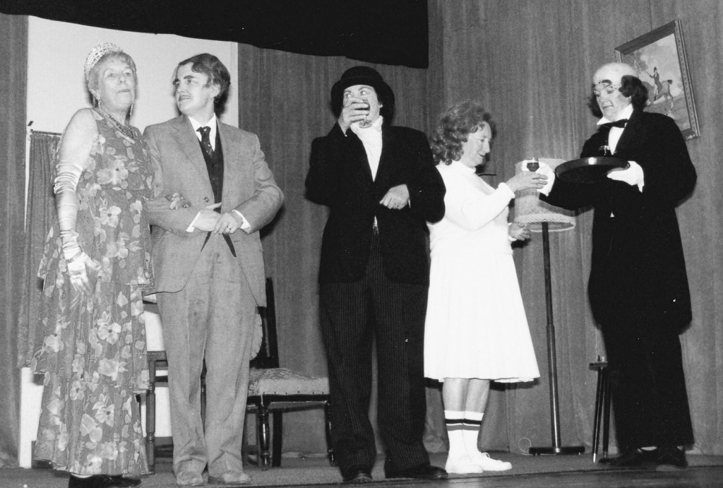The Farndale Avenue Dramatic Society Murder Mystery - February 1987